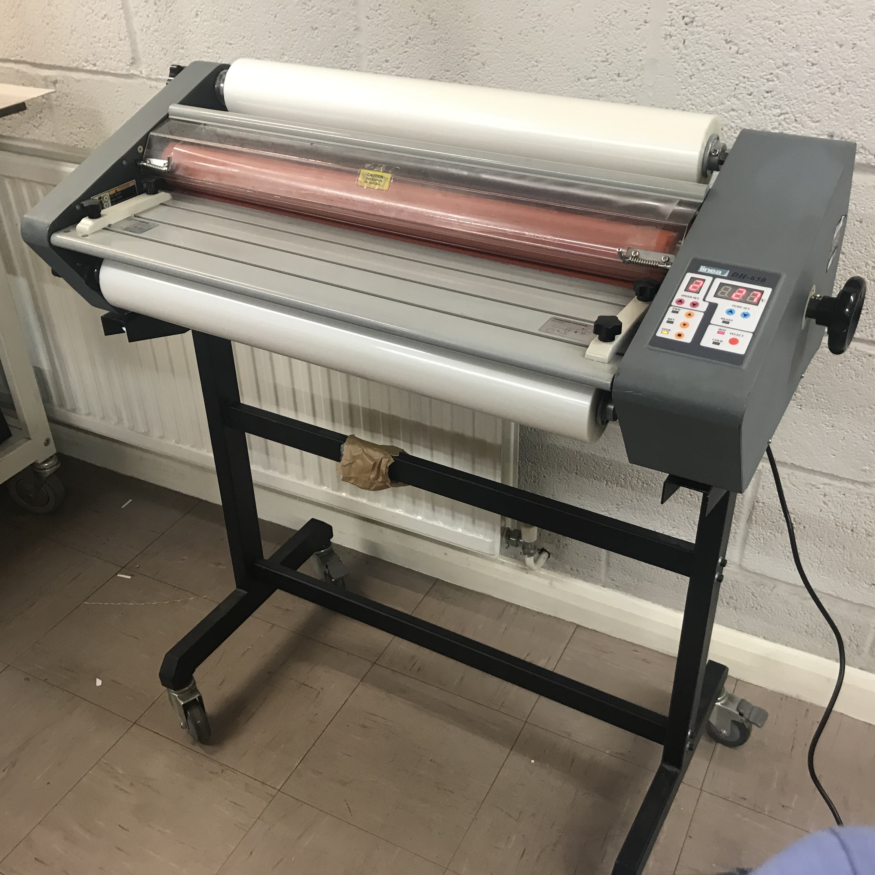Refurbished Linea DH-650 Roll-Fed A1 Hot-Seal Laminator
