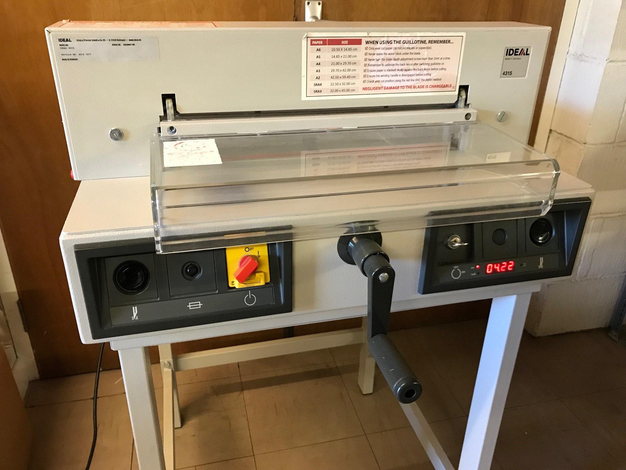 Used IDEAL 4315 Desktop Guillotine Cutter