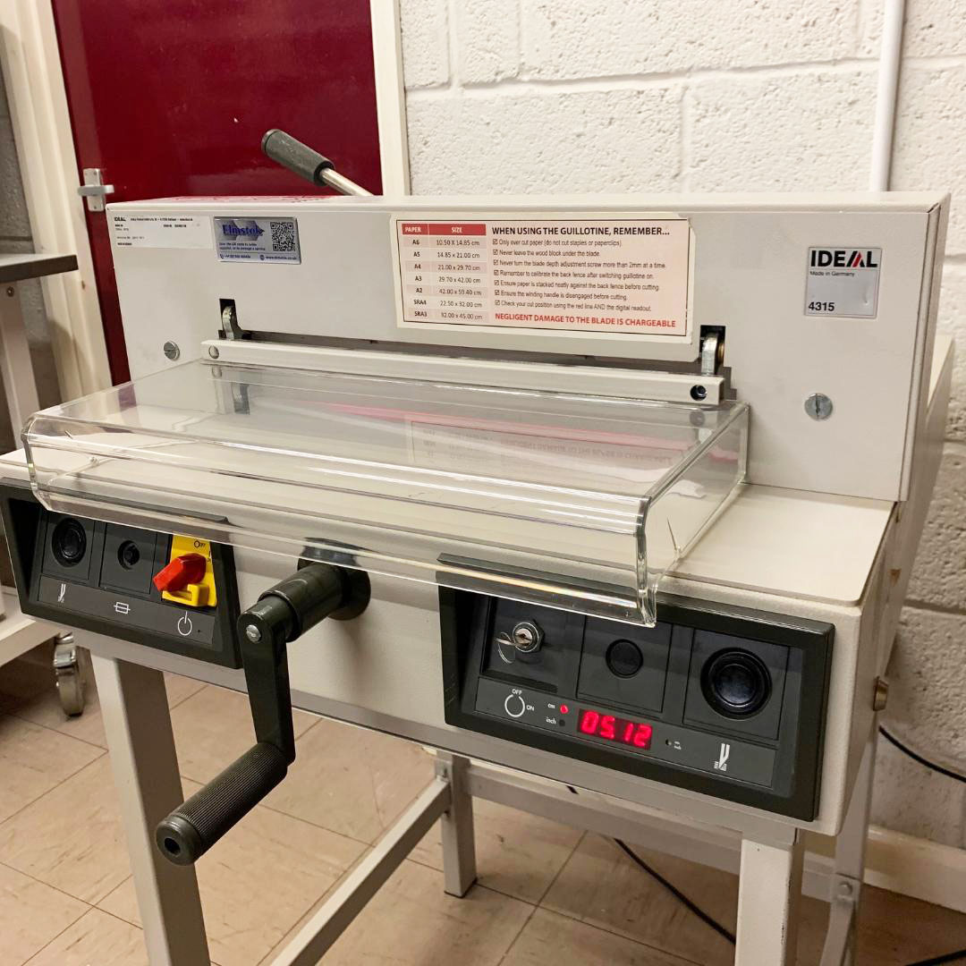 Used IDEAL 4315 Desktop Guillotine Cutter - 4040359DT