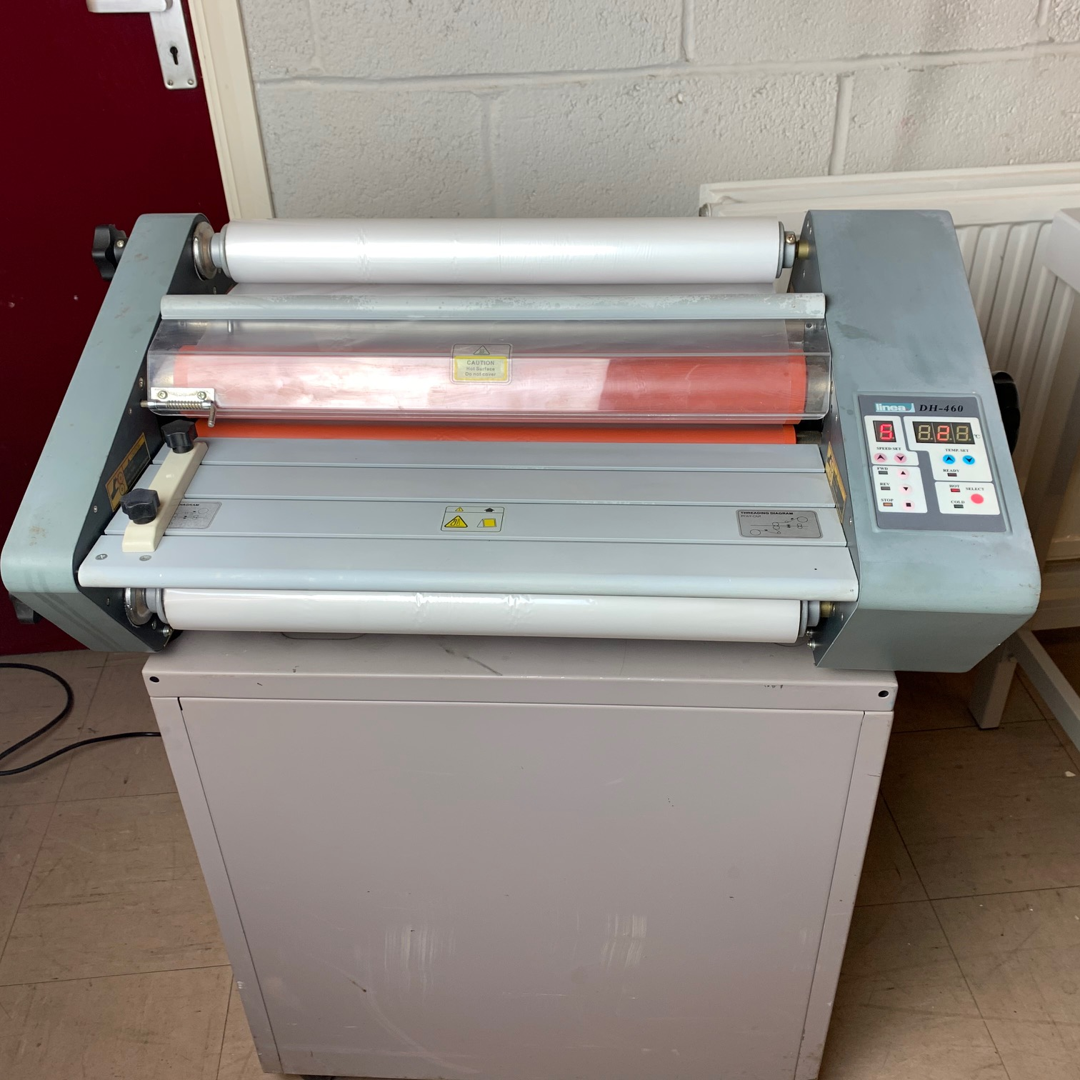 Pre-owned Linea DH-460 Roll-Fed A2 Hot Laminator