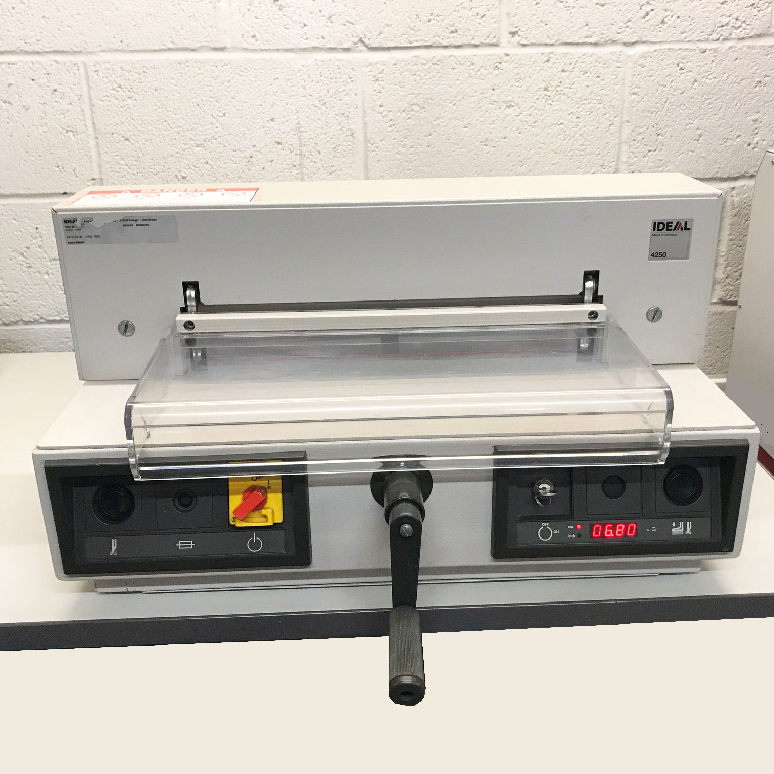 Refurbished IDEAL EBA 435 / 4250 Desktop Guillotine