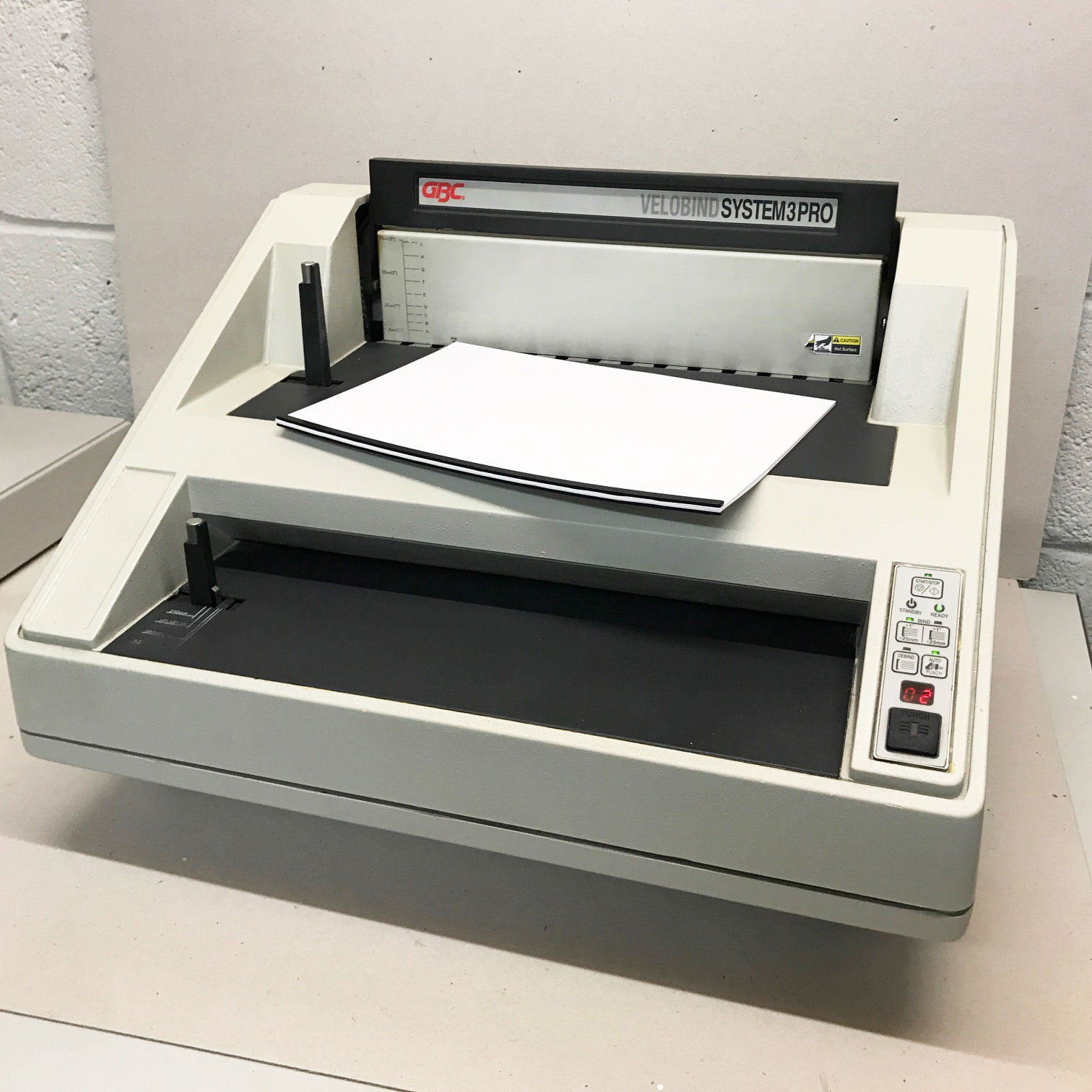 Pre-owned GBC Velobind System-3 12-Prong Strip Binder
