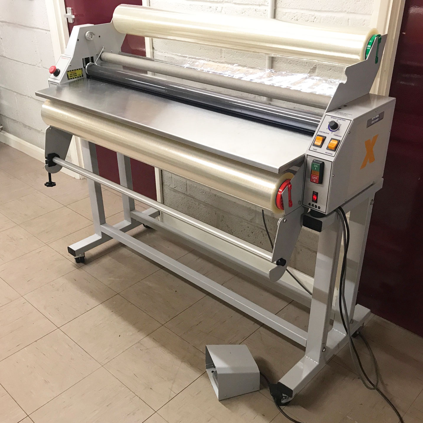 Pre-owned Xyron Pro 4400 A0 Roll Laminator