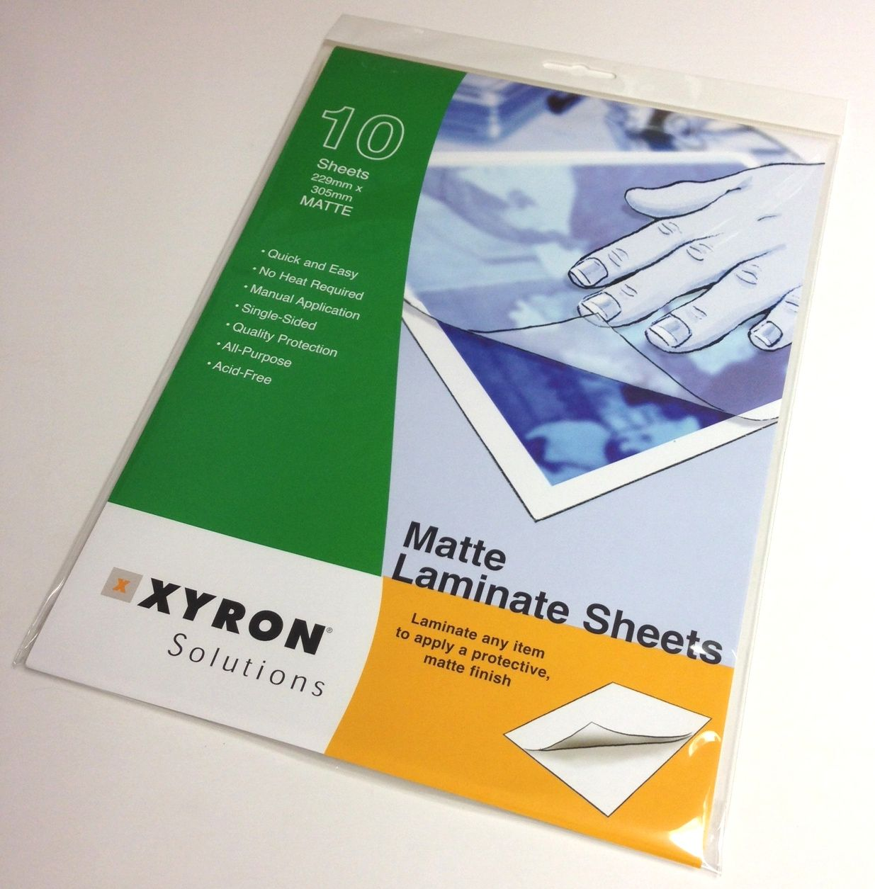 Xyron A4 Gloss Laminate Sheets (100)